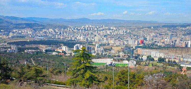 Квартира с ремонтом в Тбилиси в Сабуртало