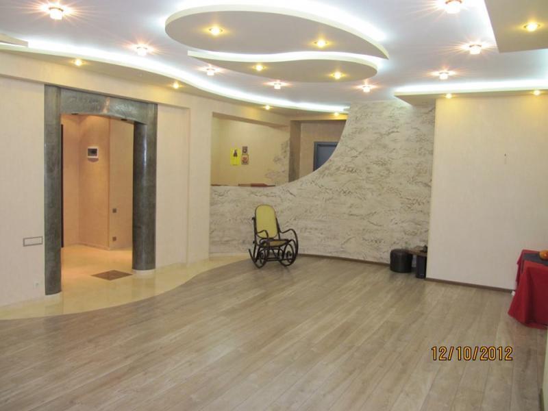 Просторные апартаменты в Тбилиси